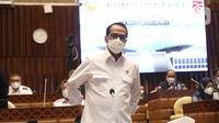 Menteri Perhubungan (Menhub) Budi Karya Sumadi mengikuti Rapat Kerja dengan Komisi V DPR di Kompleks Parlemen Senayan, Jakarta, Rabu (2/6/2021). Rapat membahas pendahuluan Rencana Kerja Anggaran Kementrian /Lembaga (RKA K/L) dan Rencana Kerja Pemerintah (RKP) Tahun 2022. (Liputan6.com/Angga Yuniar)