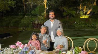 Rakesh Bhagwandas Daryanani bersama pasangan Rizky Billar dan Lesti Kejora