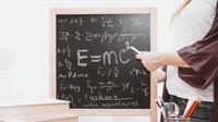Limit Fungsi Trigonometri (Sumber: Unsplash)