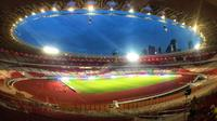Menteri PUPR Basuki Hadimuljono mengecek kesiapan sarana dan prasarana Stadion Utama Gelora Bung Karno (SUGBK). (Dok Kementerian PUPR)