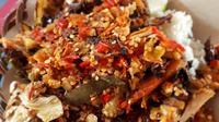 Penyetan Mas Kobis, kuliner Yogyakarta. (dok. Instagram @motomakanan/https://www.instagram.com/p/BpaojqHnUPD/?utm_source=ig_web_copy_link/Asnida Riani)