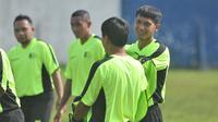 Kapten Arema FC, Hendro Siswanto. (Bola.com/Iwan Setiawan)