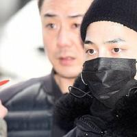 G-Dragon menjadi personel kedua BigBang yang resmi mengikuti program wajib militer. Seperti yang dilansir dari Yonhap News, ia memasuki pusat latihan Divisi Infantri 3 di Cheorwon, Gangwon. (Foto: whatthekpop.com)