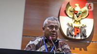 Ketua KPU, Arief Budiman memberi keterangan terkait OTT terhadap Komisioner KPU Wahyu Setiawan di Gedung KPK, Jakarta, Kamis (9/1/2020). KPK menetapkan Wahyu Setiawan sebagai tersangka suap terkait penetapan pergantian antar waktu anggota DPR 2019-2024. (Liputan6.com/Herman Zakharia)