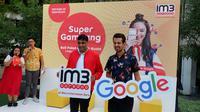 Director & Chief Operating Indosat Ooredoo, Vikram Sinha bersama Director Partnerships, South East Asia anda South Asia, Mahir Sahin usai peluncuran Mobile Data Plan di Paragdigma, Cikini, Jakarta, Rabu (7/3/2019).