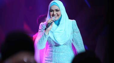 Siti Nurhaliza (Foto: Nurwahyunan/Bintang.com)