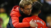 Video tim terbaik Premier League pekan ke-28. Performa Roberto Firmino di Liverpool cemerlang berkat Jurgen Klopp dan terpilih pekan ini.