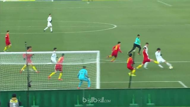 Berita video highlights Piala Asia U-23 2018, Uzbekistan vs China, dengan skor 1-0. This video presented by BallBall.