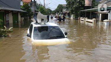 Kondisi Mobil Viral yang Terseret Arus Banjir di Ciledug Indah