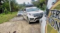 Tim Ekspedisi Terios 7 Wonders Wonderful Moluccas menjelajahi tujuh destinasi bersejarah di Maluku Utara. (Dok: Daihatsu)
