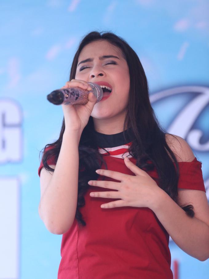 Bercita-cita Jadi Penyanyi, Prilly Latuconsina Lepaskan ...