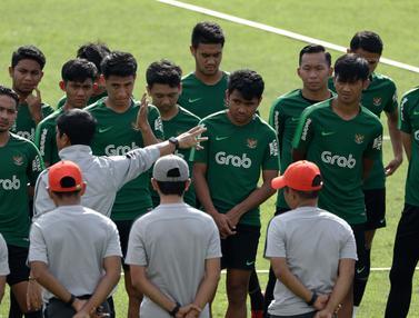 Latihan Timnas U-22, Indra Sjafri Matangkan Ball Possession