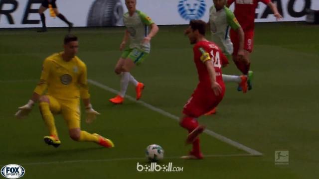 Berita video gol-gol terbaik yang tercipta pada pekan terakhir Bundesliga 2017-2018. This video presented by BallBall.
