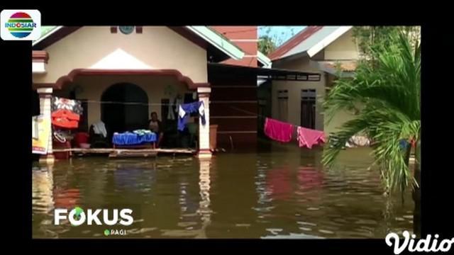 Dua warga korban banjir meninggal dunia di antaranya warga Desa Wonomandara yang diketahui telah menderita penyakit saat mengungsi dan seorang bayi.
