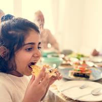 Makanan yang perlu dihindari anak./Copyright shutterstock.com
