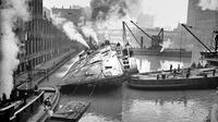USS Eastland celaka di Chicago River (Wikipedia)