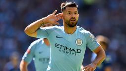 1. Sergio Aguero (Manchester City) - Striker Argentina ini memiliki Kecepatan 84, Dribel 88, Umpan 78, Tembakan 93, Fisik 74, Kemampuan Bertahan 50, OVR 91. (AFP/Glyn Kirk)