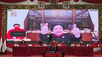 Ketua Umum DPP PDI Perjuangan (PDIP) Megawati Soekarnoputri menanggapi  santai prokontra di media pasca pernyataannya meminta Presiden Joko Widodo tidak terlalu memanjakan kalangan milenial.