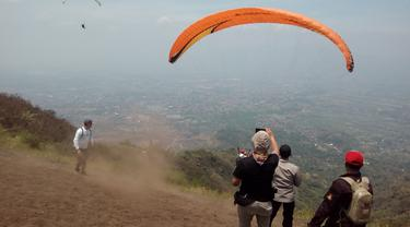 Wisata alam paralayang gunung putri Garut, Jawa Barat