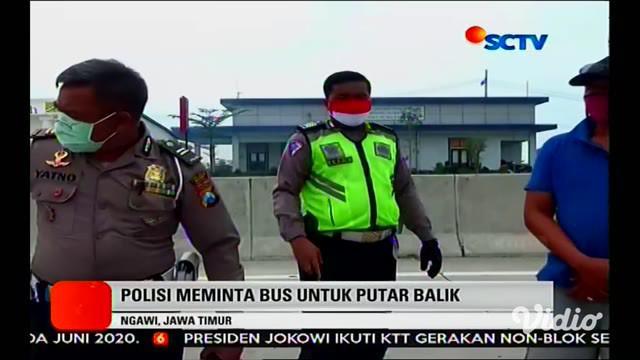 Penjagaan wilayah perbatasan antar provinsi dilakukan jajaran Polda Jawa Timur (Jatim) menyusul adanya larangan mudik oleh pemerintah. Sedikitnya ada delapan wilayah perbatasan yang dijaga untuk mengantisipasi adanya pemudik yang nekat masuk ke wilay...