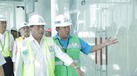 Menhub Budi Karya memastikan Bandara Kertajati Majalengka siap beroperasi dan melayani mudik Lebaran serta kebarangkatan haji tahun 2018. Foto (Liputan6.com / Panji Prayitno)
