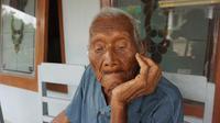 Mbah Gotho berusia 146 tahun dari Sragen (Liputan6.com / Fajar Abrori)
