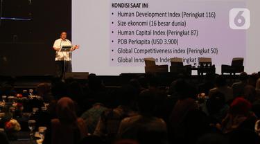 Menristekdikti Bambang Brodjonegoro memberi paparan dalam Indonesia Digital Conference (IDC) 2019 di Jakarta, Kamis (28/11/2019). IDC digagas para pengurus AMSI sebagai wadah bertukar pengalaman, gagasan, dan strategi membangun ekosistem digital untuk masa depan. (Liputan6.com/Angga Yuniar)
