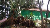 Petilasan Mbah Dalem di Bogor turut jadi korban angin puting beliung.