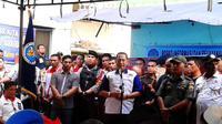 Kepala BNN Komjen Budi Waseso blusukan ke Kampung Kubur, Medan, Sumatera Utara. (Liputan6.com/Reza Perdana)