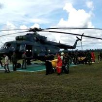 Tim Forensik Polda Papua menemukan sejumlah luka tembak pada kepala, dada, dan bagian yang mematikan pada jenazah 9 karyawan PT Istaka Karya.