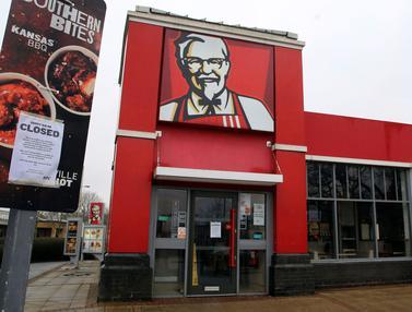 Kehabisan Stok Ayam, KFC Tutup Ratusan Gerai di Inggris