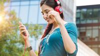 Segudang Manfaat Sehat Mendengarkan Musik