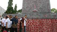 Calon Wakil Gubernur Sumatera Utara, Musa Rajekshah, berziarah ke makam Raja Sisingamangaraja XII