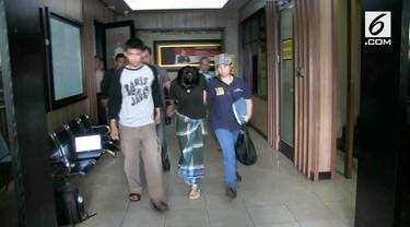 VM, wanita tanpa busana yang berbelanja di apotek di bilangan Tamansari, Jakarta Barat, dirujuk ke Rumah Sakit Polri.