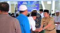 Wali Kota Tangerang Arief Rachadiono Wismansyah mengumpulkan pengurus DKM masjid yang ada di wilayahnya. (Liputan6.com/Pramita Tristiawati)
