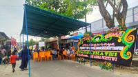 Suasana rumah orang tua Praka Dedy Irawan, prajurit TNI AD yang gugur di Poso. (Liputan6.com/M Syukur)