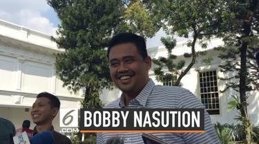 Nama menantu Presiden Joko Widodo atau Jokowi, Bobby Nasution santer diisukan menjadi calon Sekretaris Jenderal Persatuan Sepak Bola Seluruh Indonesia (PSSI).