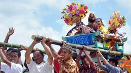 Citizen6, Sulawesi Tenggara: Dalam Launching Sail Wakatobi-Belitong 2011 turut digelar berbagai atraksi daerah. Tujuan dari Sail Wakatobi - Belitong 2011 adalah menggalang keterpaduan dalam pemanfaatan potensi daerah. (Pengirim: Efrimal Bahri)
