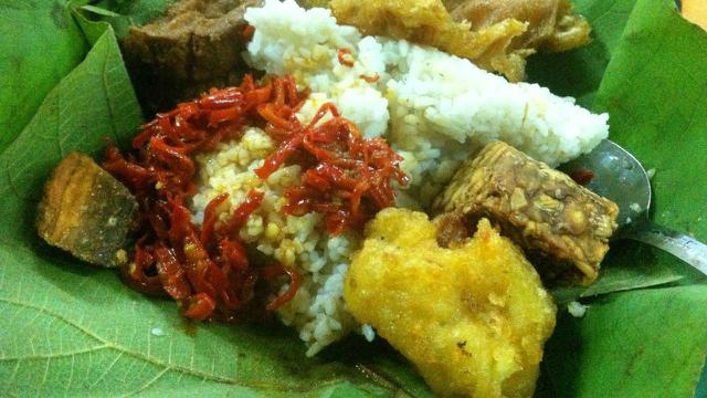 8 Tempat Wisata Kuliner Di Cirebon Yang Wajib Dikunjungi