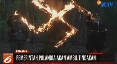 Padahal di jaman pendudukan Nazi dibawah kepeminpinan Adolf Hitler, jutaan warga Polandia dibunuh dalam Kamp Konsentrasi