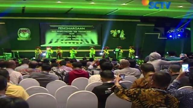 Acara pemberian penghargaan kepada instansi dan pendukung gelaran Pilkada DKI Jakarta 2017dilaksanakan di Hotel Bidakara, Jakarta