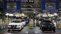 Buntut penghentian produksi sementara, konsumen Toyota di Jepang harus rela inden lebih lama.