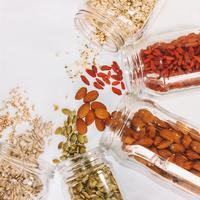 Simak sejumlah biji-bijian yang baik bagi kesehatan. (Foto: Unsplash)