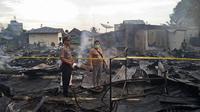 lebih kurang sebanyak 700 kios milik pedagang hangus terbakar