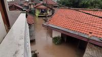 Banjir setinggi 2,5 meter merendam sejumlah rumah di Jalan Condet Raya, Jakarta Timur. (Twitter TMC Polda Metro Jaya)