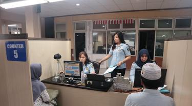 Jelang musim haji tahun ini, Kantor Imigrasi Kelas I Non TPI Kota Tangerang membuka pelayanan paspor khusus untuk calon jamaah haji dan umroh, Sabtu (8/2/2020).