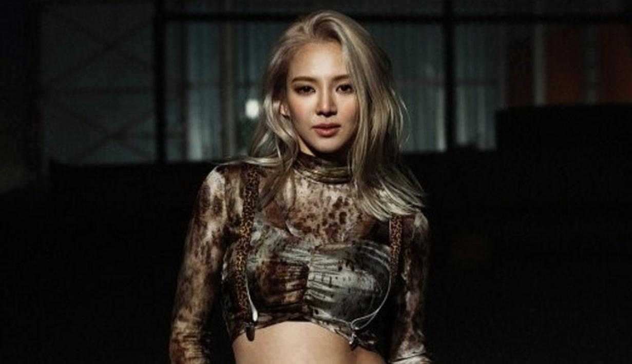 Beberapa idola Korea Selatan ternyata multitalenta, tak hanya terjun di dunia tarik suara dan akting. Beberapa dari mereka juga melebarkan sayap ke dunia disc jockey. Siapa saja mereka? (Foto: Soompi.com)