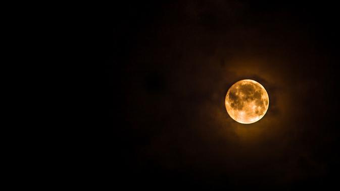 Ilustrasi gerhana bulan total. (Sumber foto: unsplash.com)