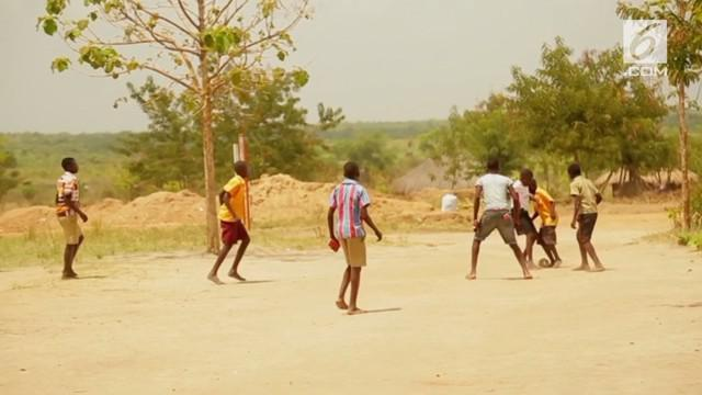 Eksploitasi terhadap anak terjadi di sebuah pengungsian di distrik Moyo, Uganda, Afrika Timur.