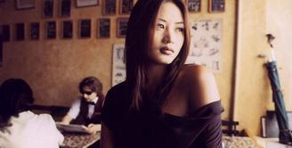 Usia seakan menjadi musuh utama bagi kaum wanita. Pasalnya seiring bertambahnya usia, kecantikan mereka perlahan-lahan berkurang. Namun hal itu tidak berlaku bagi 7 artis Korea Selatan ini. (Foto: koreaboo.com)